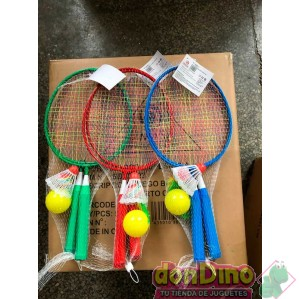 Juego badminton corto con pelota